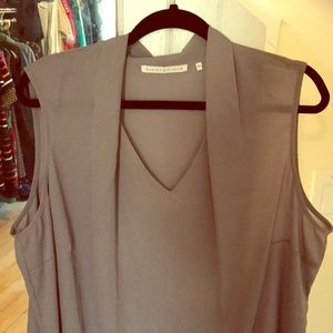 Violet + Claire 2X Gray Sleeveless Blouse