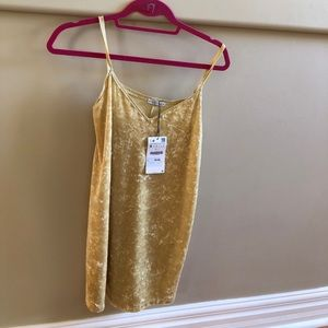 Light yellow velvet Zara shift dress size small