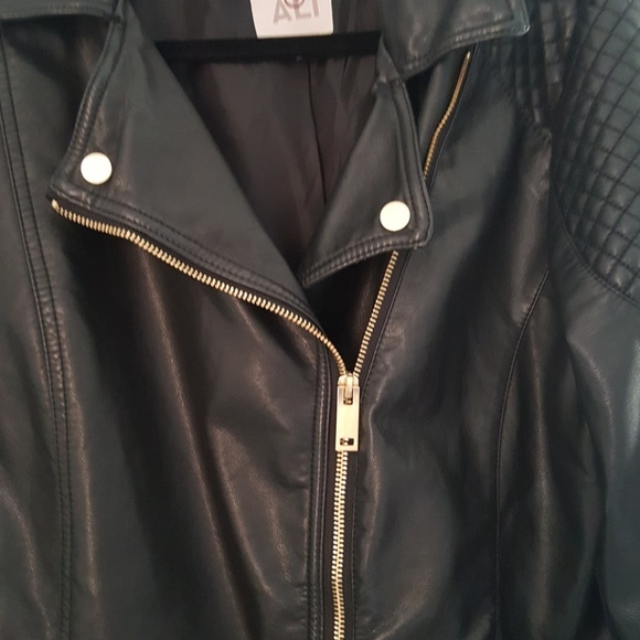 53 Off Roz Amp Ali Jackets Amp Blazers Black Leather Like