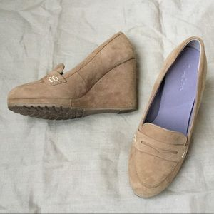 BODEN tan nude suede leather wedge heels LIKE NEW!