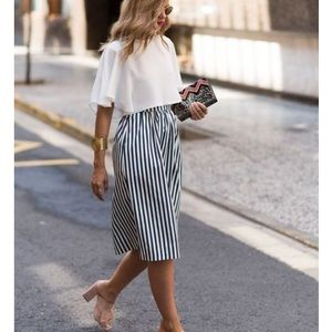 Dresses & Skirts - striped midi skirt