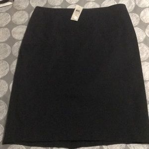 🌹Classic Ann Taylor black skirt. Fully lined. 🌹