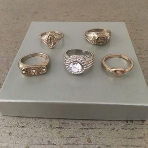 Set of 5 Topshop rings