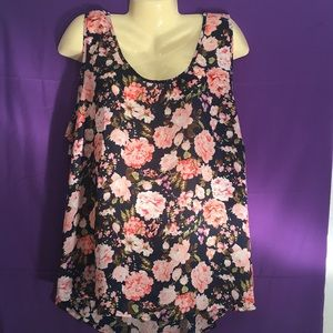 Tops - Floral Hi-Lo tank style Shirt with Bows Size:3X