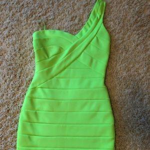 Arden B club wear- lime green, knee length