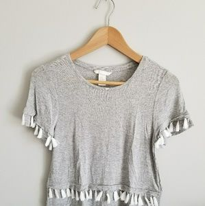 Gray t-shirt with white tassels