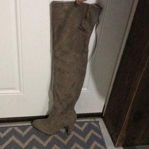 Steve Madden boots