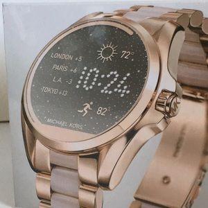 Michael kors smart watch. Rose gold