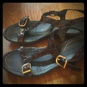 Vaneli Italian brown sandals, gold buckles 4.5M