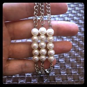 Jewelry - NWT pearl and silver fashion jewelry bracelet