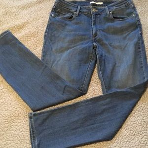 Levi's Mid Rise Skinny Jeans Size 12 Short or 31
