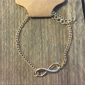 Jewelry - Infinity Necklace