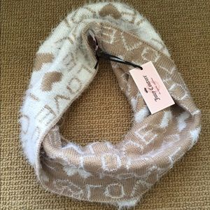 Juicy Couture Wrap Infinity Scarf NWT