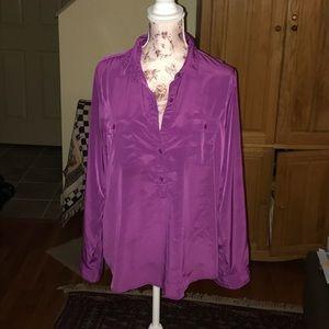 Vibrant purple button-down blouse 👚 EUC