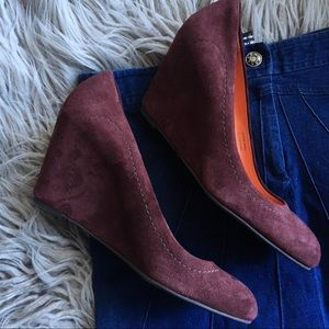 • Via Spiga Burgundy Amelia Suede Wedge Pumps •
