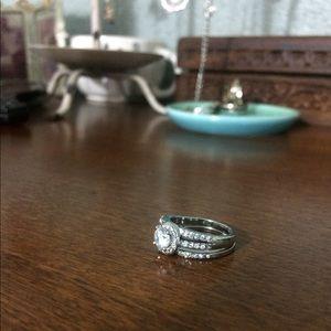 Jewelry - CZ Halo Bridal Set.