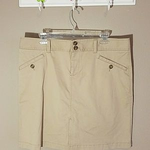 Old Navy Khaki skirt sz 14
