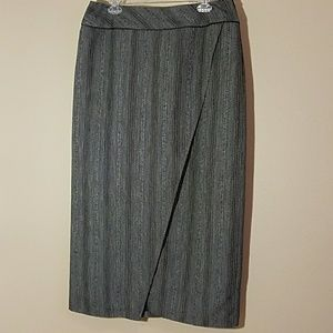 Gray tweed skirt sz 14