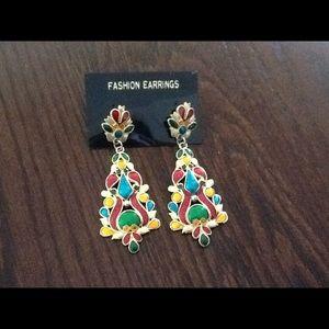 Jewelry - Vintage Indian design earrings