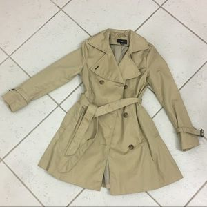 H&M trench coat- wore once- size 6 girly fit