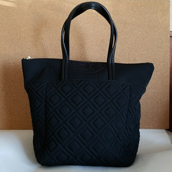 56be006573ce Tory Burch Quilted Nylon Tote Black. M 5a189a1b6a5830a78c088841