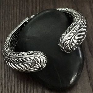 NWOT Designer Style Cuff Bracelet
