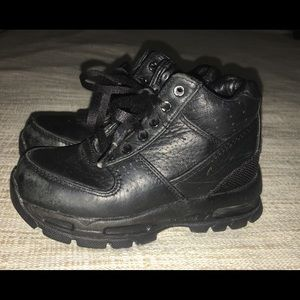 Toddler Nike acg boots