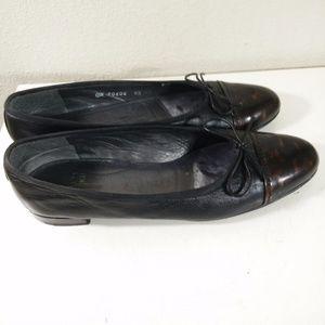 Stuart Weitzman Low Heels Size 8.5 SS Tortoise Cap