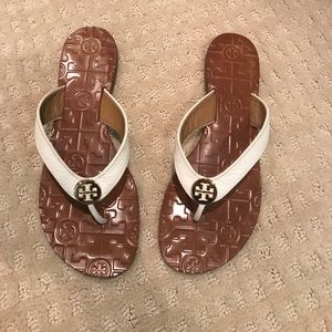 Tory Burch Thora leather flip flops