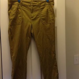 Old Navy Pixie Chino Ankle Pant