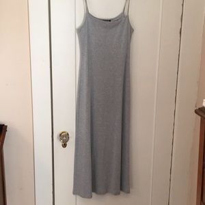 Two tank dresses long (black and gray) size S
