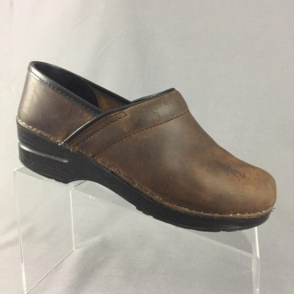 Dansko Professional Slip On Clogs Brown Oiled Leather Size 38 Us 8 Comfort Shoes