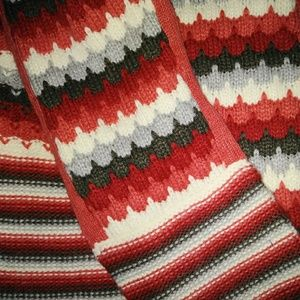#hundredsofscarves: SCALLOP Pattern Knit Scarf