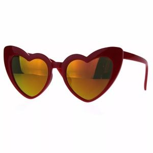 The Loulou Heart Sunglasses
