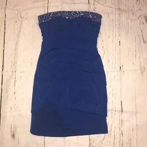 Tight blue strapless dress
