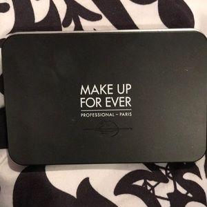 Makeup forever artist face color