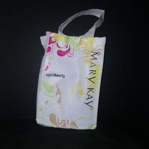 Going fast only 2 left. Mary Kay satin hands set