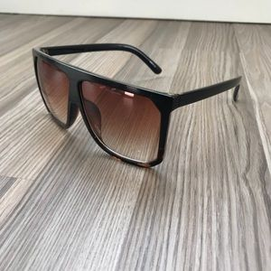 Day Blockers Sunglasses - Cheetah Gradient
