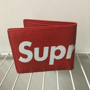 Other - Supreme wallet