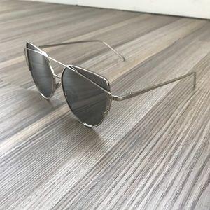 Vintage Crossover Sunglasses - Silver