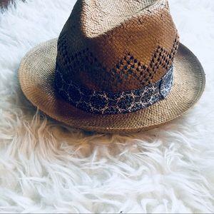 Boho Straw Hat. NWT