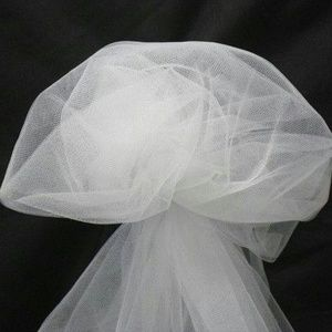 5 YARDS OF WHITE FABRIC TULLE