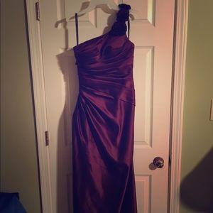 Long, one shoulder (flower details on strap) dress