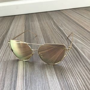 Vintage Crossover Sunglasses - Gradient Rose Gold