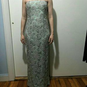 Exquisite B'zar Blue Beaded Evening/Prom Gown, Sz8