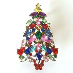 Vintage Dazzling Rhinestone Christmas Tree Brooch