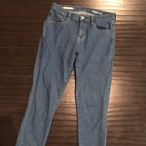 GAP girlfriend jeans medium wash