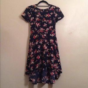 Floral High-Low Dress 🌺