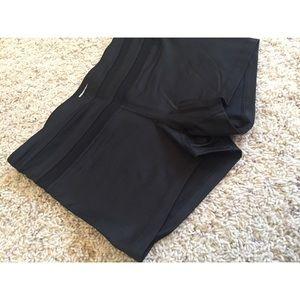 NEW‼️F21 Black Athletic Shorts