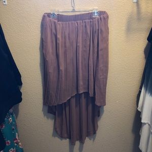 Rose High Low Pleated Skirt